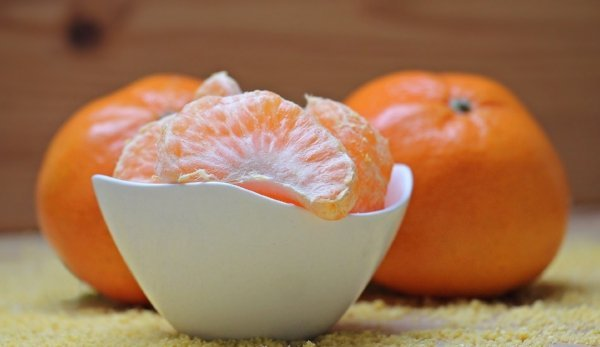 bowl of peeled tangerines