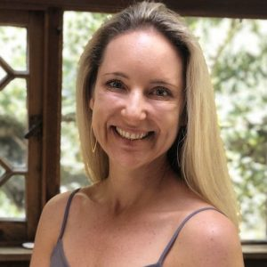 Dr. Diana Hill Headshot