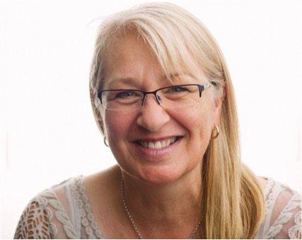 headshot of Dr. Louise Hayes