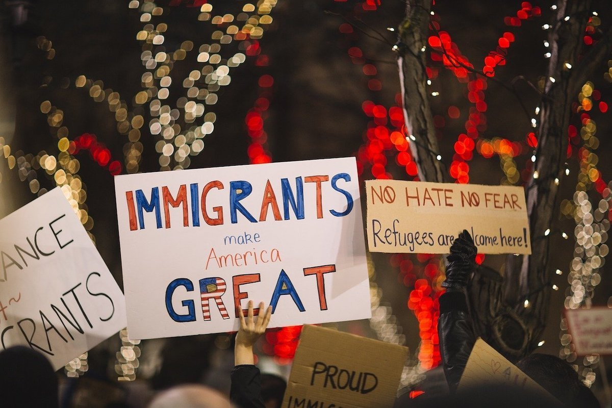 immigrants-refugee-posters-2590766_1280